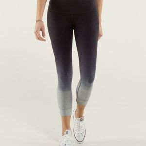 Lululemon Live Natural Crop Heather Med. gray/spot